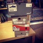 pudełka z butami
